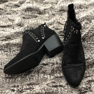 Barely Worn Black Justfab Booties